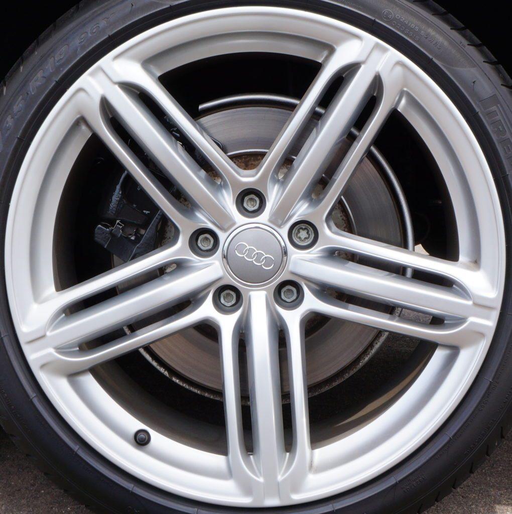 Audi 2015 S4: Audi S4 58840S OEM Wheel