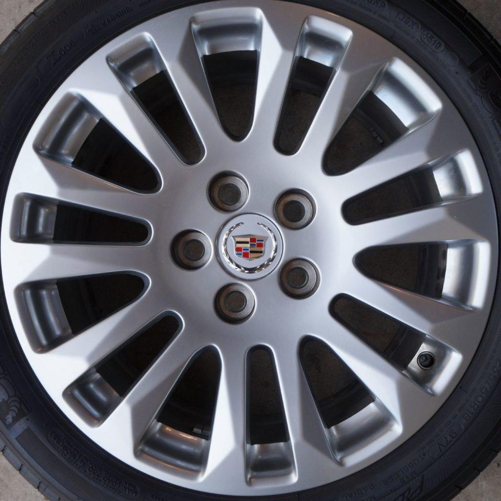 Cadillac CTS 4669H OEM Wheel