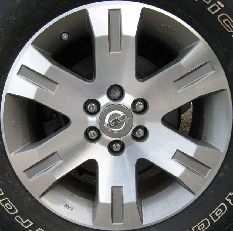 Nissan Pathfinder 62495mg Oem Wheel 40300zs17b Oem